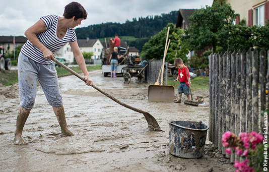 Swiss Solidarity helps to clear up after severe weather in Switzerland