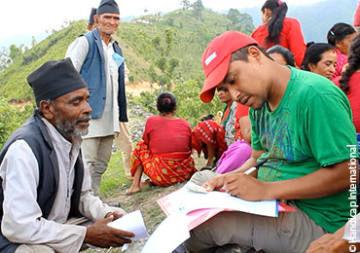 Népal : la population touchée décide de son avenir