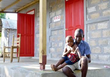Dix ans plus tard, que pense la population haïtienne de l'aide financée par vos dons ?