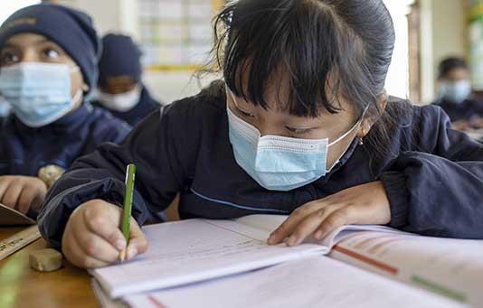 Coronavirus International : un an plus tard, plus d'un million de bénéficiaires soutenus